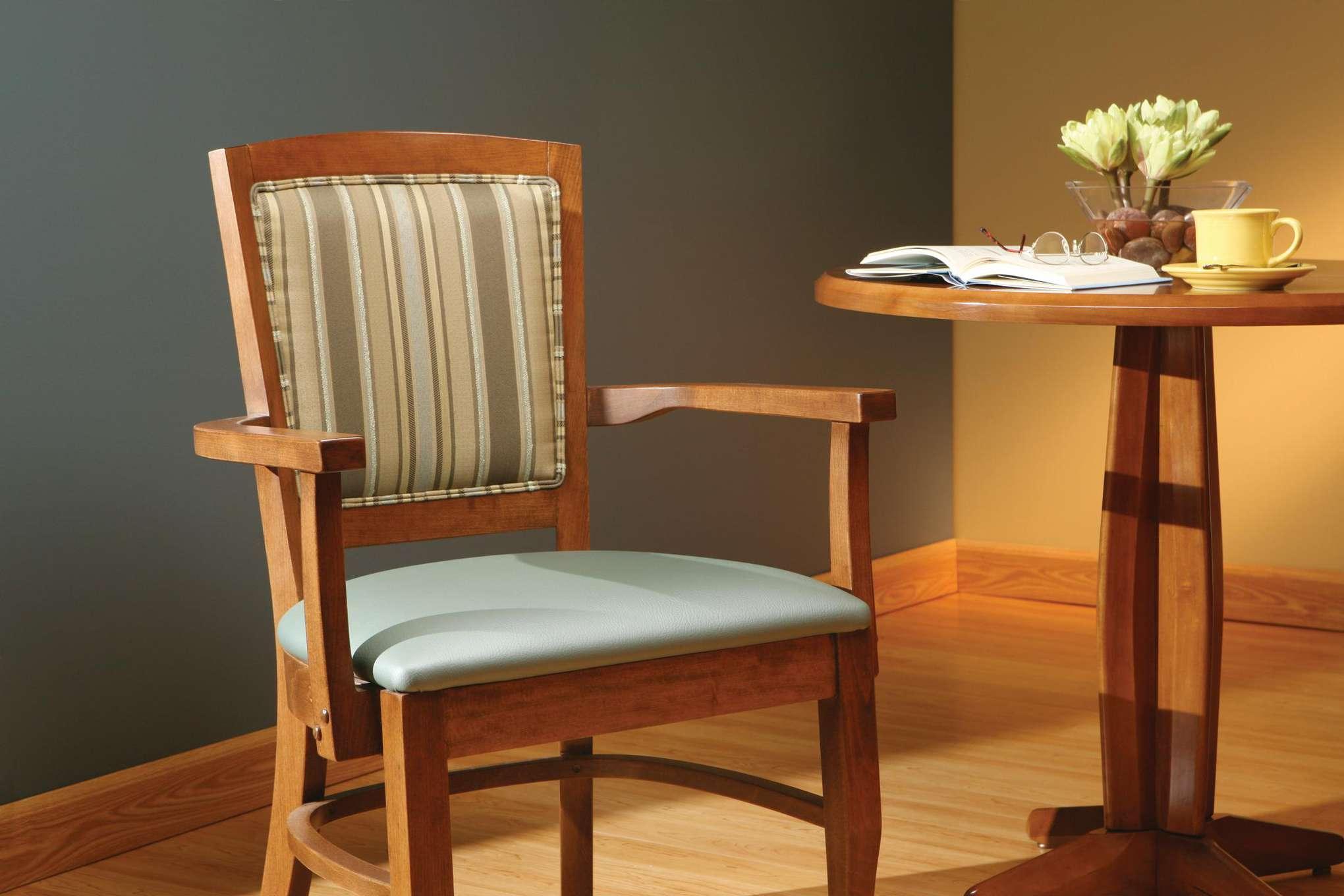 Williamsburg Ii Dining Chair Maxwell Thomas